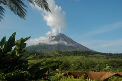 Vulkan Arenal im gleichnamigen Nationalpark in Costa Rica