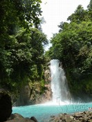 Wasserfall im Nationalpark in Costa Rica