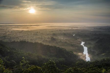 Sonnenaufgang am Amazonas
