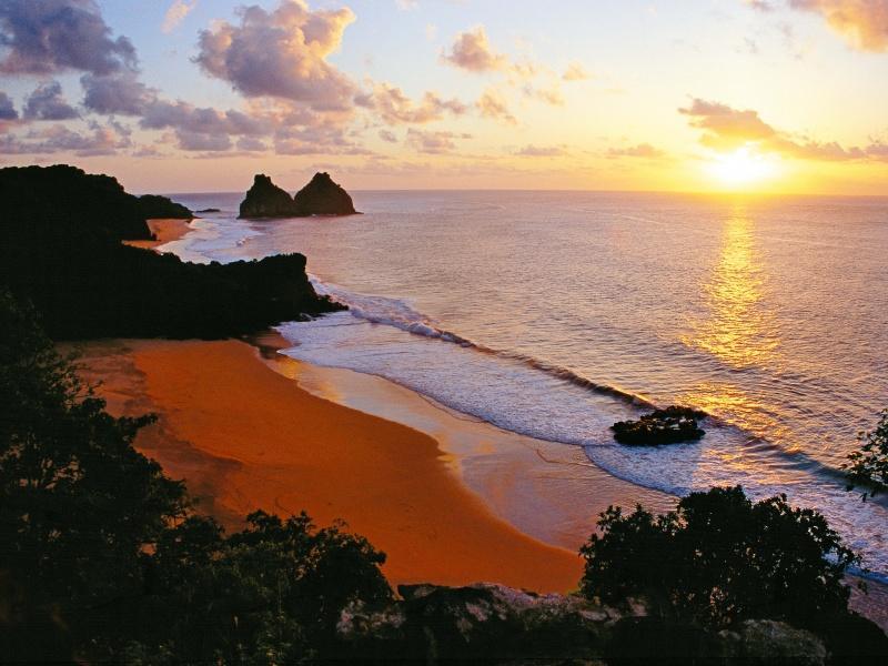 Sonnenaufgang auf einer brasilianischen Insel