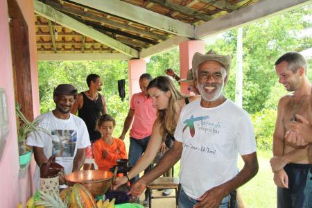Lachende Brasilianer in Bahia
