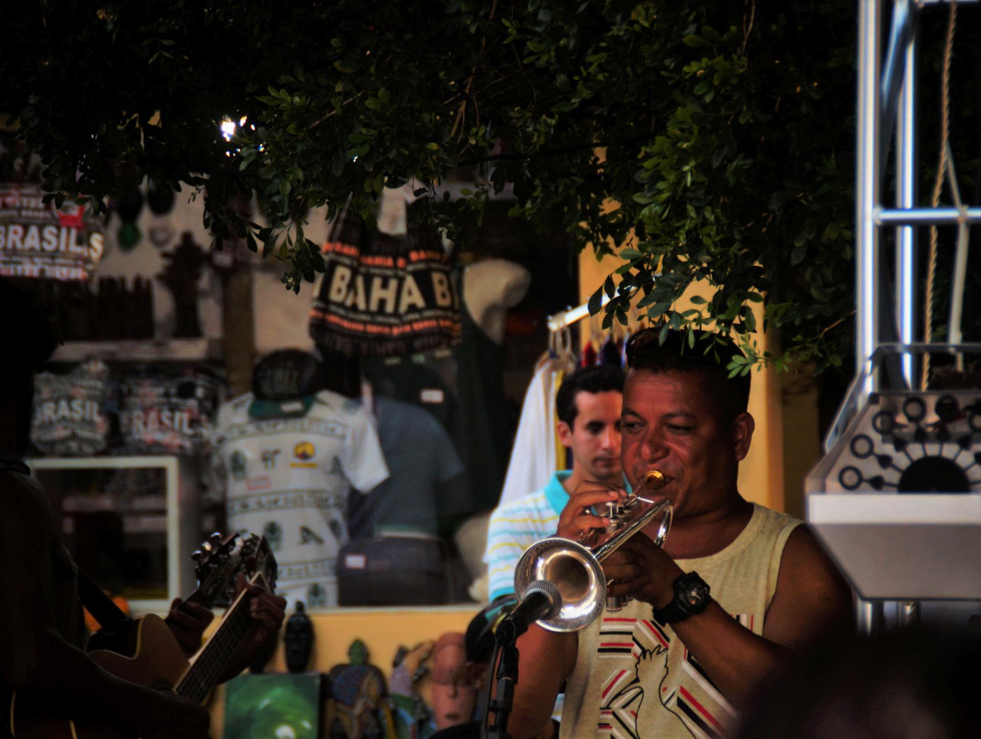 Samba-Rock Trompeter in Bahia