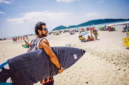 Surfer am Strand von Campeche