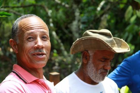 Zwei Einheimische in Taboquinhas