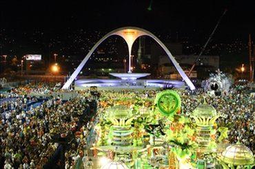 Das Sambadromo während des Karnevals in Rio de Janeiro
