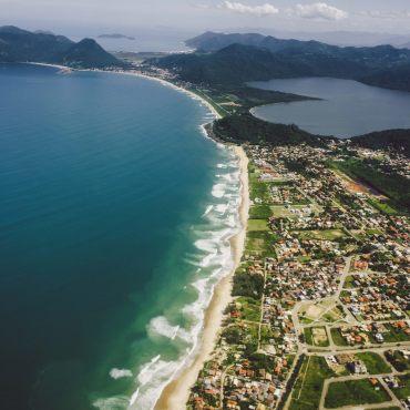 Strand von Jurere auf der Ilha Santa Catarina