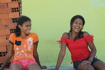 Brasilianische Mädchen in der Favela