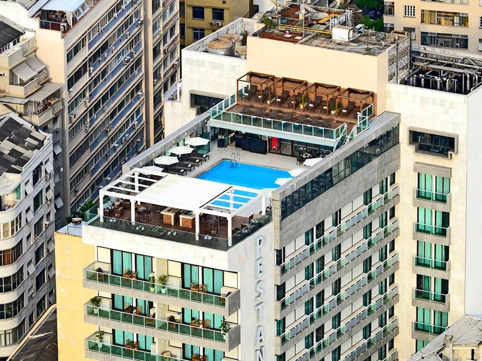 Hotel Pestana Rio Atlantica Dachterrasse mit Pool in Copabana