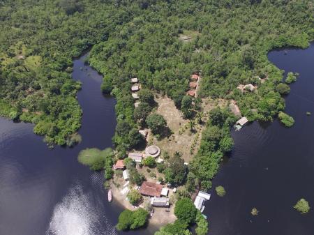 Luftaufnahme Turtle Lodge im Amazonasgebiet