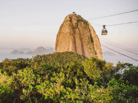 Auffahrt per Gondel zum Zuckerhut in Rio de Janeiro