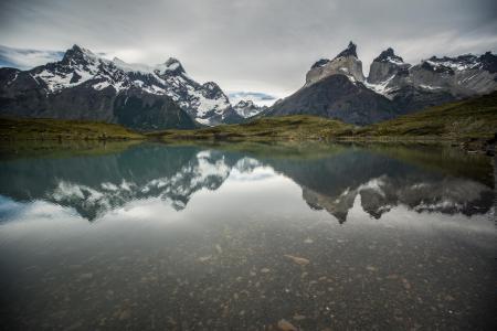 Erleben Sie die wunderschöne Landschaft des Torres del Paine Nationalparks auf einer Chile Reise