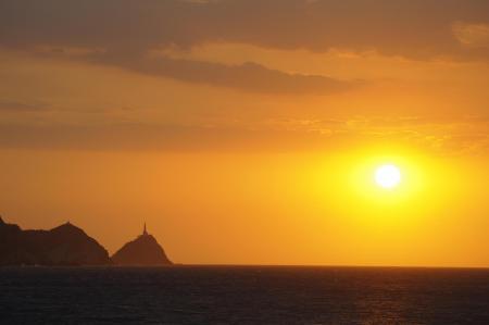 Einen Sonnenuntergang in Santa Marta an der kolumbianischen Karbikküste erleben
