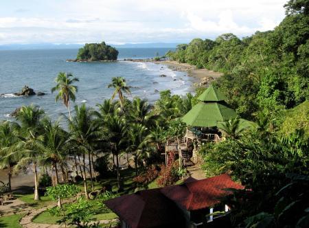 An der Pazifikküste Kolumbiens in einer der Eco-Lodges unterkommen und die Idylle des Ortes genießen