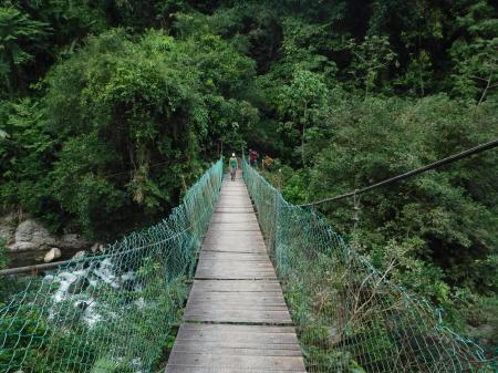 Begeben Sie sich auf einer Aktivreise und wandern Sie durch unberührte Landschaft zur Ciudad Perdida