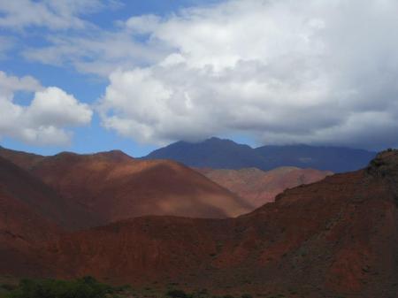Reisen Sie in die wunderschöne Landschaft in Nordargentinien