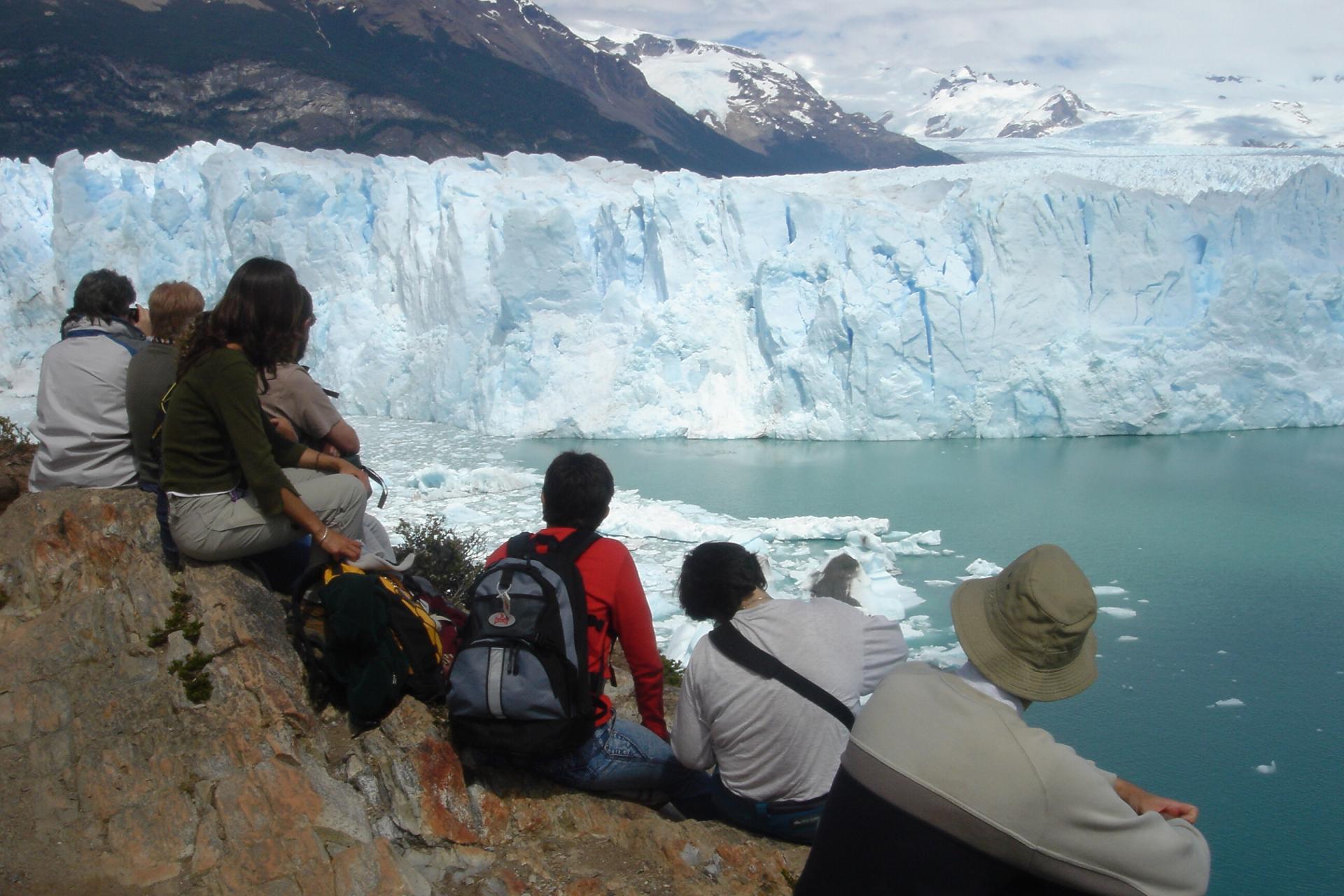 Erleben Sie den berühmten Gletscher Perito Moreno hautnah auf einer Rundreise durch Patagonien