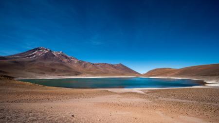 Reisen Sie in die Wüsten Chiles und entdecken Sie wunderschöne Lagunen