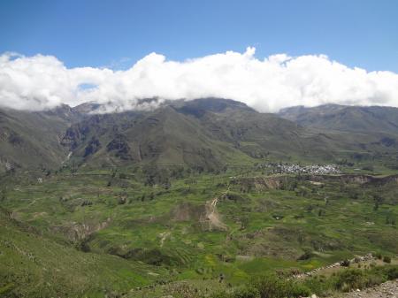 Begeben Sie sich auf eine Reise durch den Colca Canyon in Peru