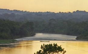 Ecuador Rundreise Regenwald Abendstimmung