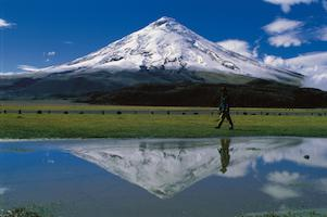 Reise Ecuador Trekking Cotopaxi Vulkan See