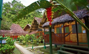 Kanutour bei Reise in den Amazonas Regenwald in Ecuador