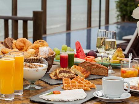 Hotel Villa Rasa Marina Frühstücksbuffet