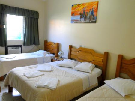 Hotel Turismo Vier-Bett-Zimmer