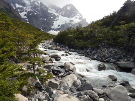 Wandern Sie durch das French Valley und entdecken Sie Patagonien von seiner unberührten Seite