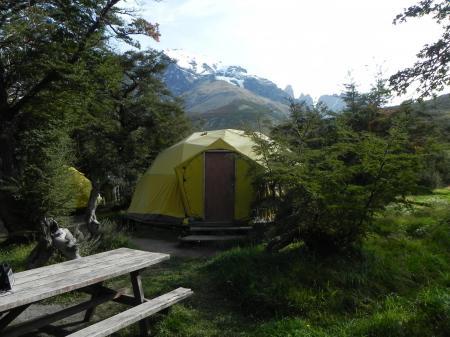 Auf dieser Trekkingtour übernachten Sie in einem Zelt und erleben Patagonien hautnah