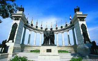 Der histrorische Park in Guayaquil auf einer Rundreise durch Ecuador