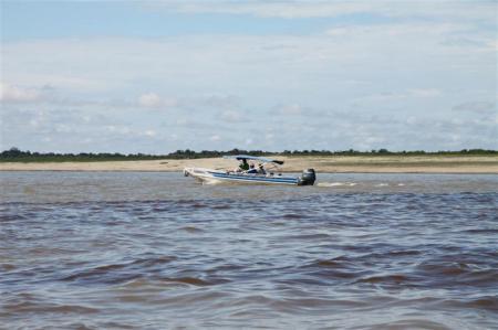 Mit dem Schnellboot auf dem Amazonas