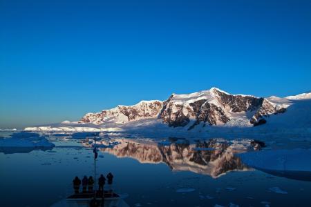 Entdecken Sie die eisige Antarktis auf einer Kreuzfahrt auf der Ushuaia