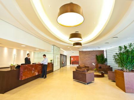 Hotel Panamby Guarulhos Rezeption
