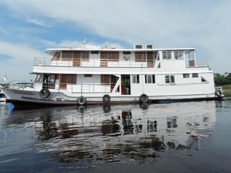 Außenansicht Amazonasboot Cruzador