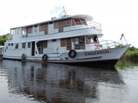 Expeditionsschiff Cruzador auf Fahrt in den Amazonas - Reisebaustein Anavilhanas in Kleingruppe