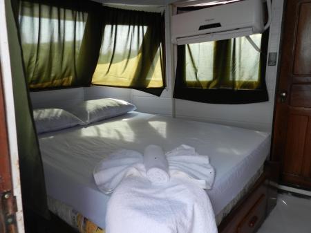 Beispiel einer Doppelkabine auf dem Expeditionsschiff Camiiba, Amazonasgebiet - Brasilien