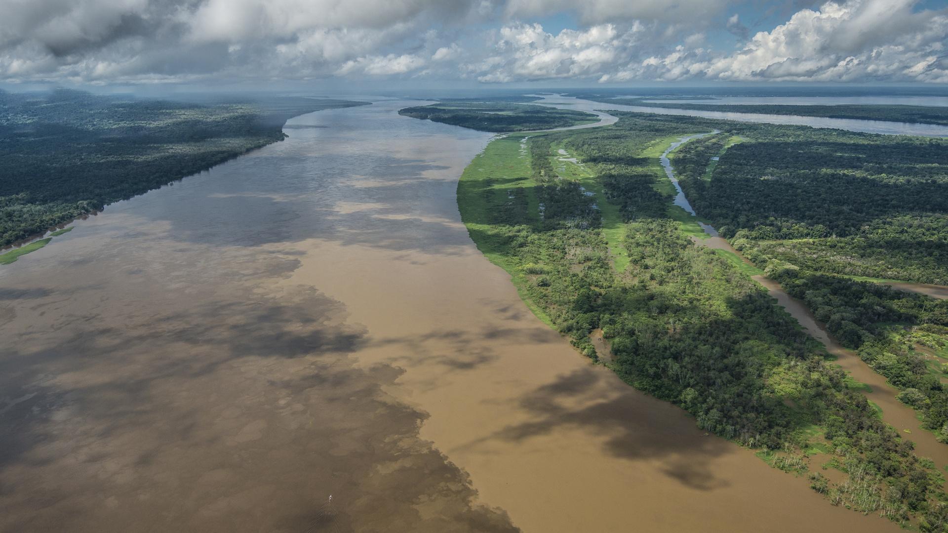 8 Tage Reisebaustein - Schiffsexpedition Jau in Kleingruppe auf dem Amazonas in Brasilien