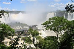 Brasilien_Bolivien_Paraguay_Erlebnisreise_Suedamerika_Wasserfaelle
