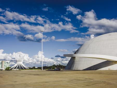 Blick auf das Nationalmuseum von Brasilia