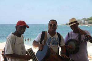 Brasilien Reise Sänger an der Copacabana in Rio de Janeiro