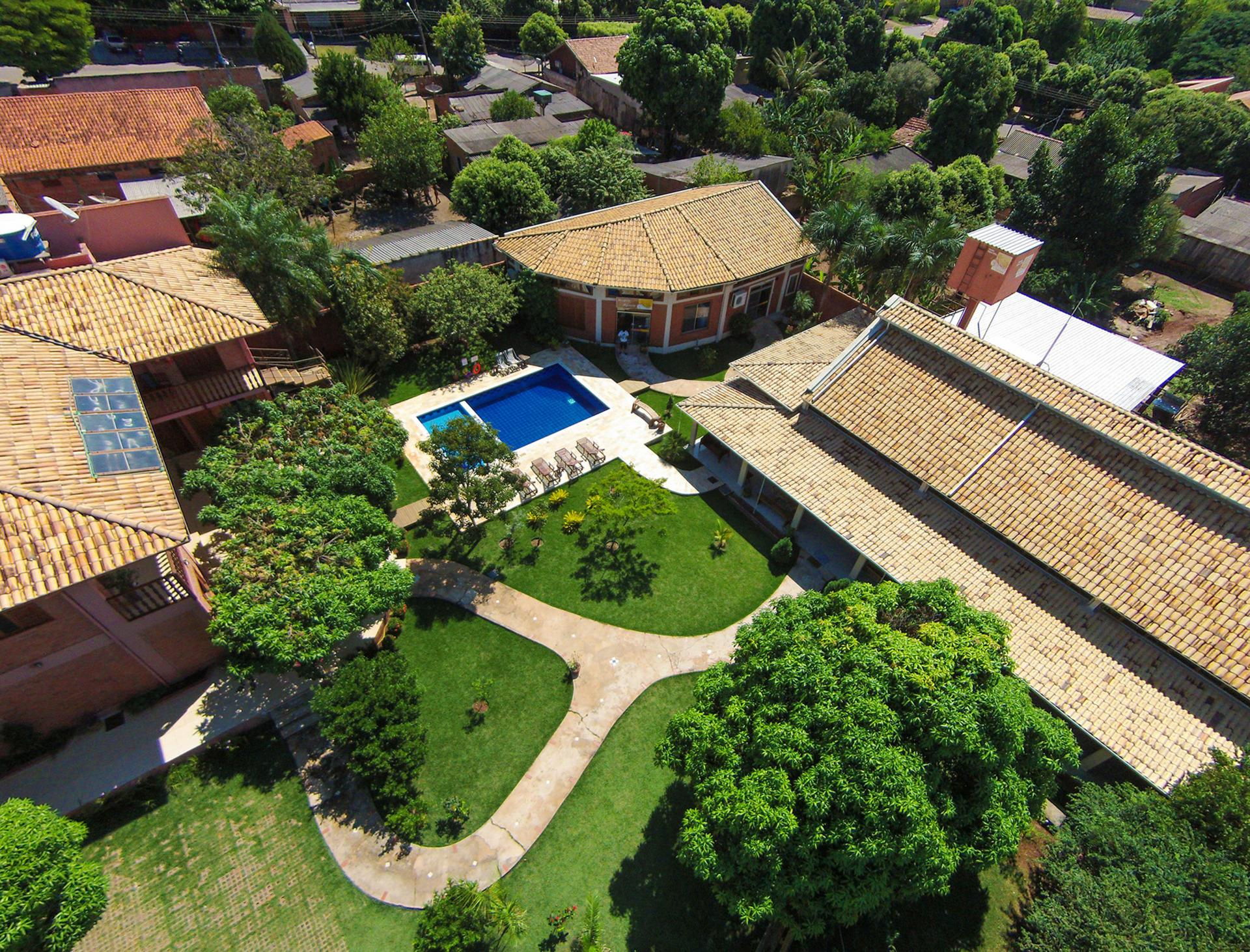 Luftaufnahme der Pousada Galeria Artes in Bonito, Brasilien