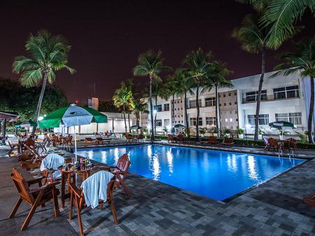 Hotel Aipana Plaza Pool