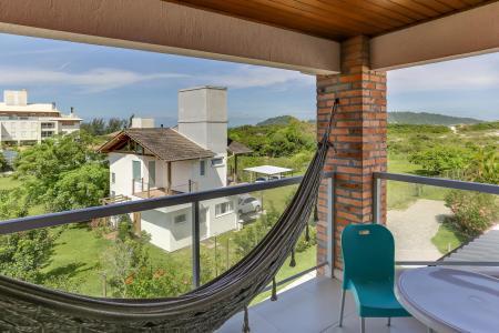 Hängematte auf Zimmer-Balkon der Pousada Ilha Faceira
