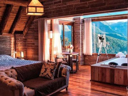 Landestypische Unterkunft Morada dos Canyons Zimmer mit Wanne und grandioser Aussicht