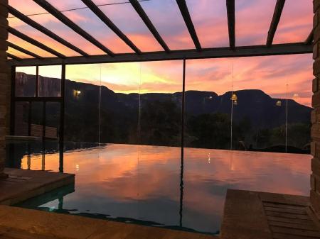 Landestypische Unterkunft Morada dos Canyons Pool mit Panorama