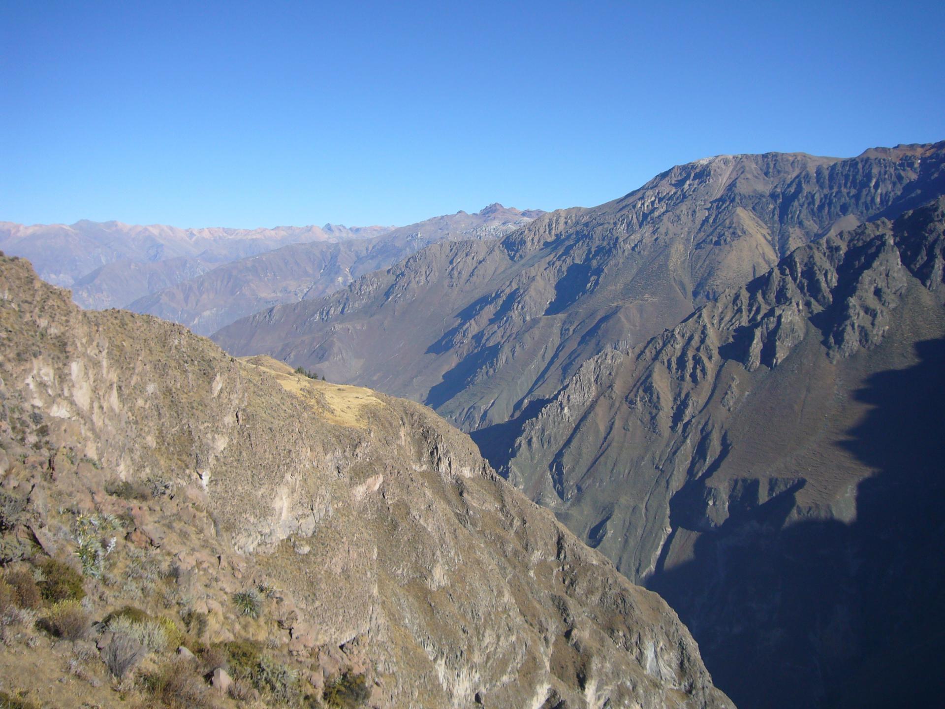 Reisen Sie mit uns in die Anden Perus und entdecken Sie alte Kulturen auf einer Rundreise