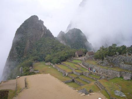 Auf einer Reise durch Peru darf ein Besuch Machu Picchus nicht fehlen