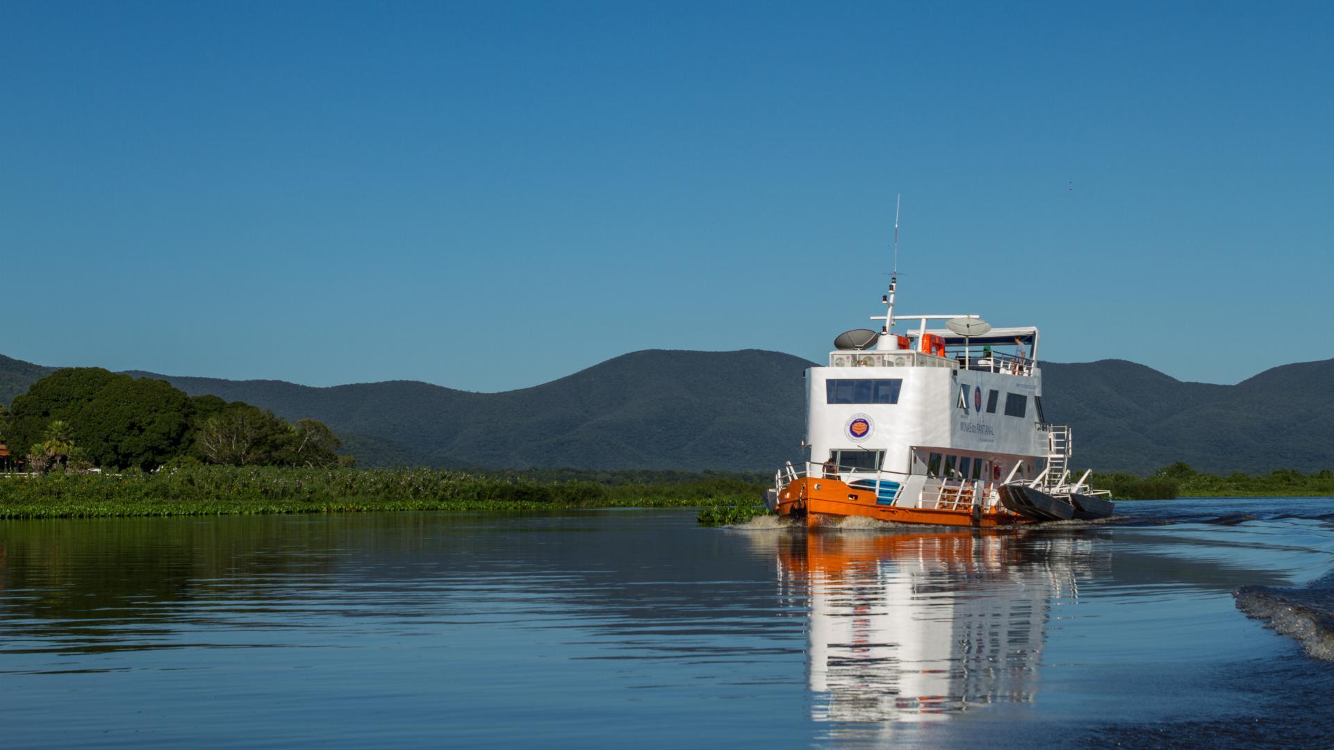 9 Tage Brasilien/ Nord Pantanal: Expeditionskreuzfahrt zur Jaguarbeobachtung, Schiff Minas do Pantanal