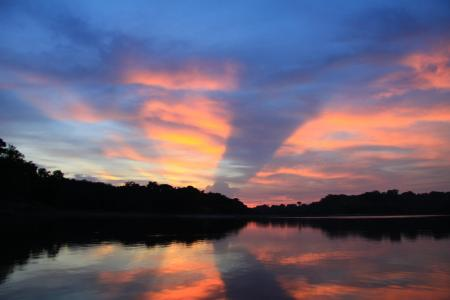 Sonnenuntergang Amazonas: 15 Tage Rundreise