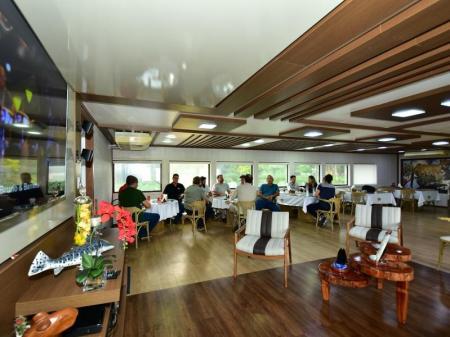 Restaurant der Yacht Millennium